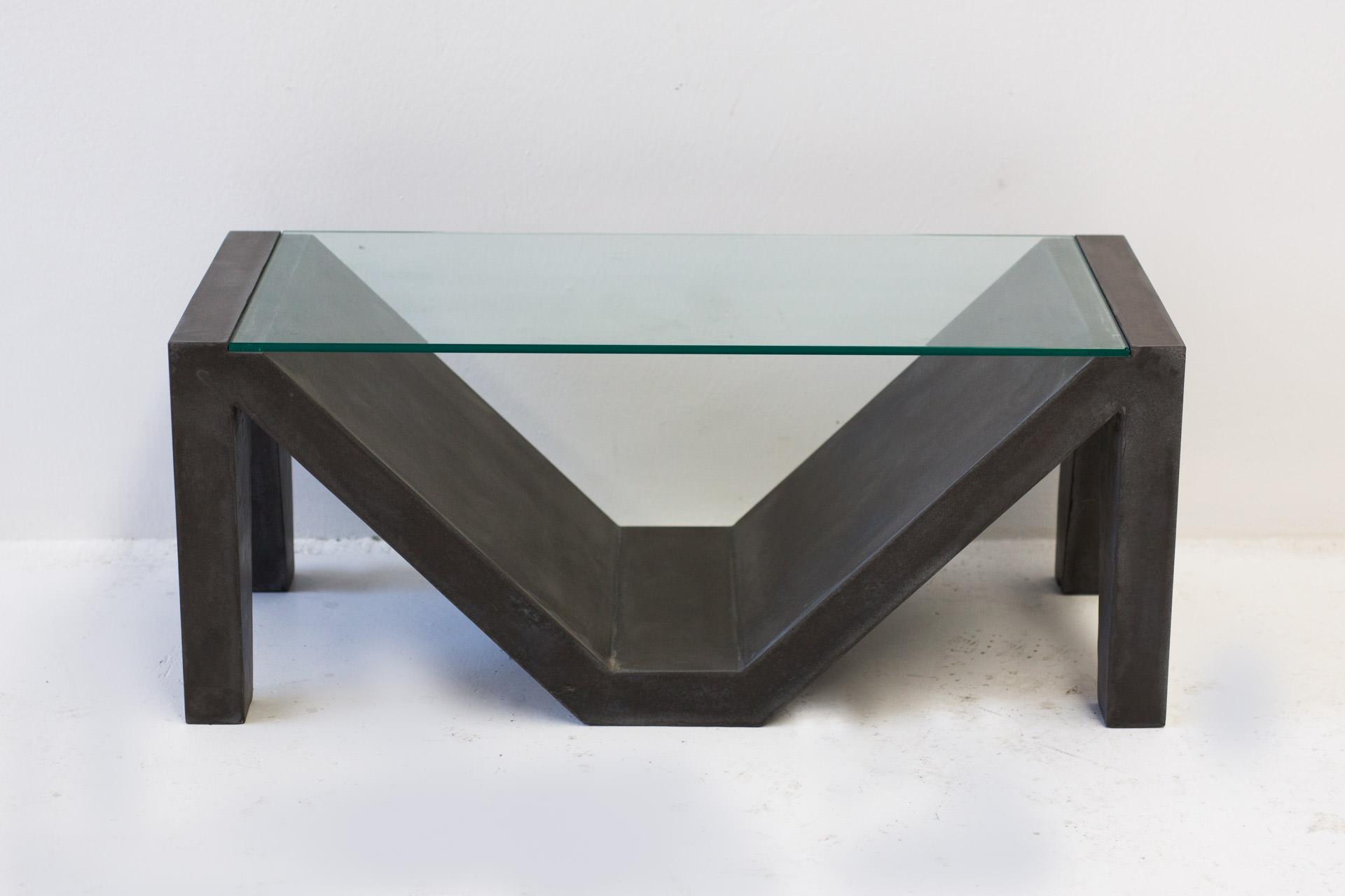 the alpha' concrete coffee table